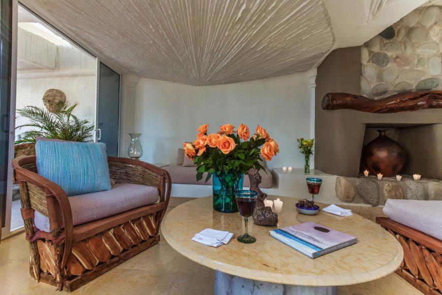 El Arco Living Area