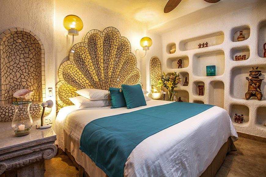 Las Palmas Bedroom