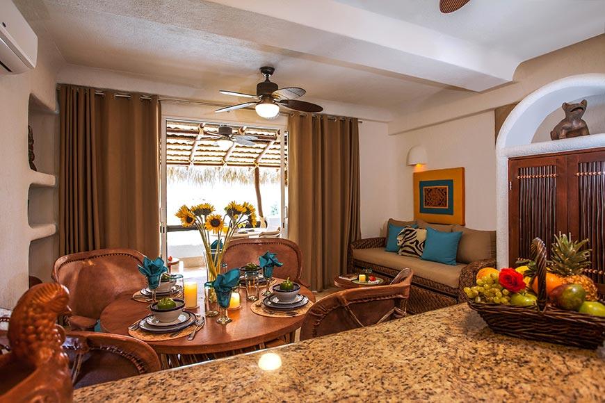 Las Palmas Living and Dining Room