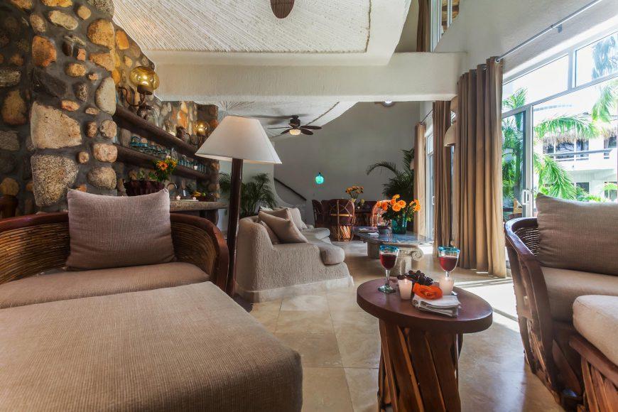 Perla Living Area
