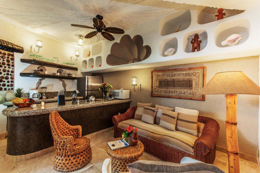 Perlita Dining Area